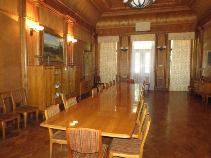 Зал заседаний Дача Сталина Новый Афон