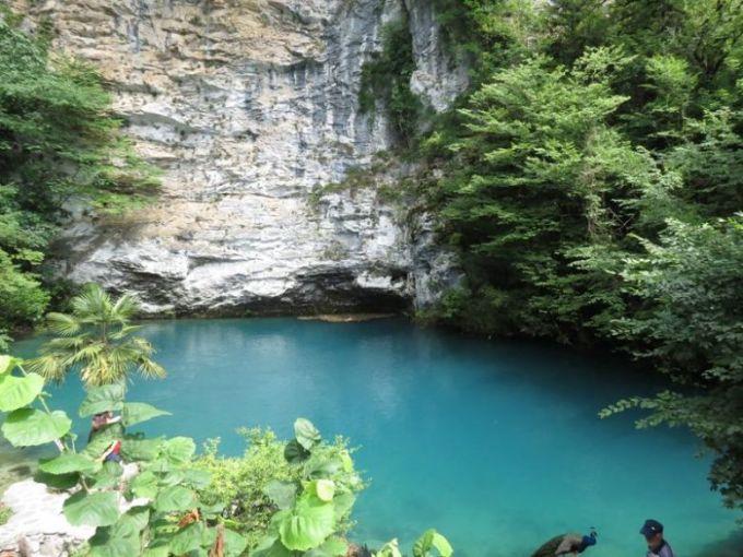 Голубое озеро. Абхазия